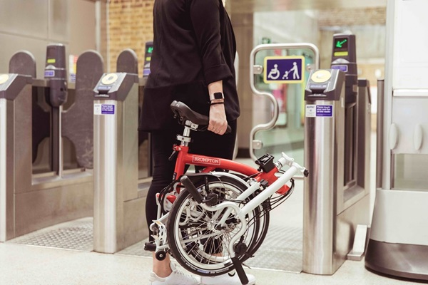 6 Places You Can Take Your Brompton, folding bike, Brompton Bicycle, Brompton in the tube